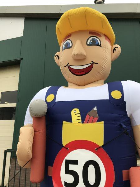 Abraham pop bouwvakker met gereedschap