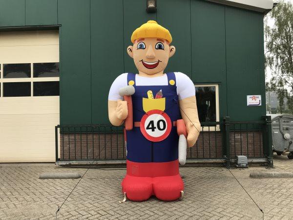 Abraham bouwvakker 40 jaar.