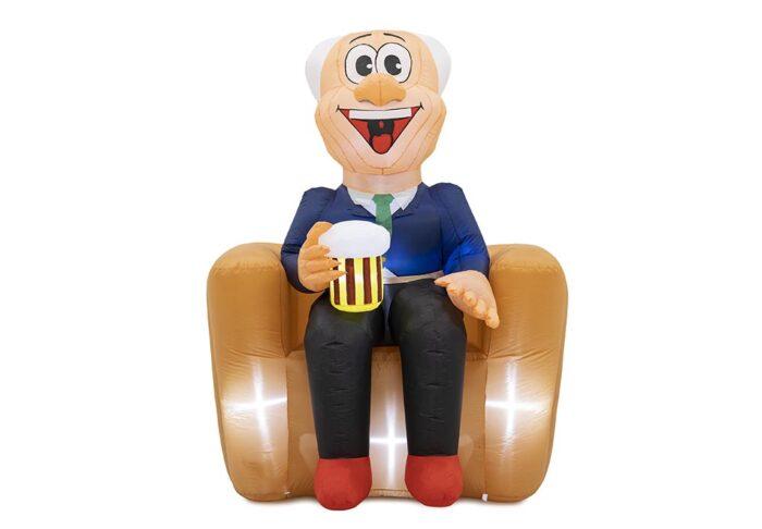 abraham pop zittend met bier