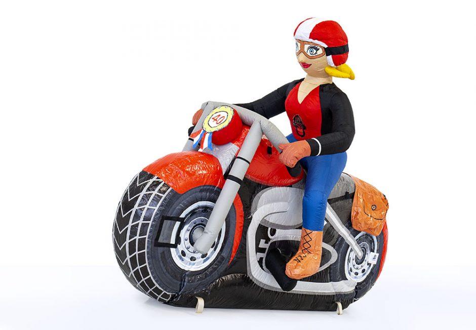 Sarah pop op motor huren
